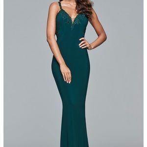 gorgeous emerald green-Faviana